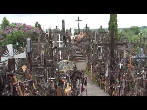 Lituania, Colina de las cruces / Lithuania, Hill of crosses/ Siauliai / crucifijos crucifix cross