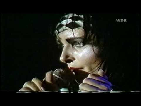 Siouxsie And The Banshees - Head Cut (1981) Köln, Germany