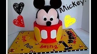 Making A Mickey Mouse Cake!