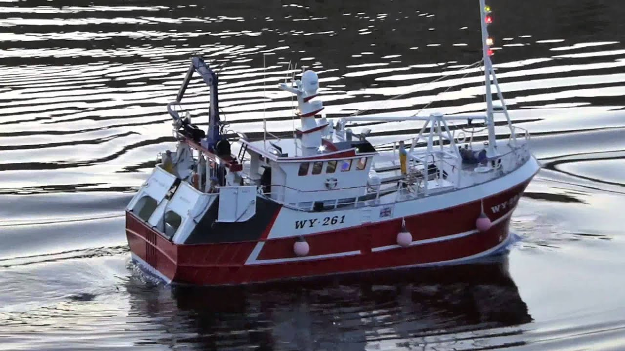Model fishing boat our lass youtube for Model fishing boats