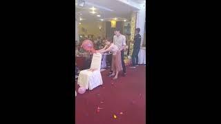 Doggy bơm bóng như phim sếch trong đám cưới, bó tay với nam nữ ngày nay