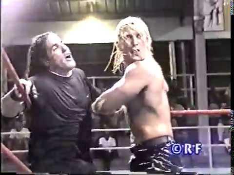 IWA: Shane The Glamour Boy vs. Ricky Banderas vs. Apolo vs. Miguel Pérez Jr. (2000)