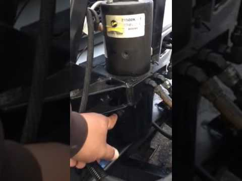 Minute mount 2 hydraulic oil change  YouTube