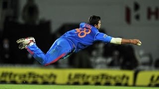 Suresh Raina magic acrobatic catch vs Australia 2006