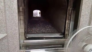 Repeat youtube video เผาศพเตาน้ำมัน (มีภาพอสุภะ หรือภาพไม่น่าดูบางช่วง)