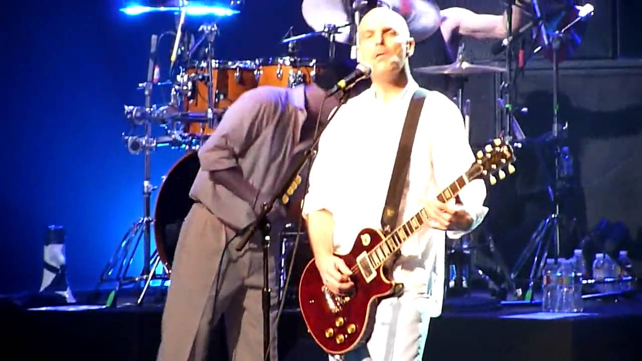 """Faith No More - """"Easy (Like Sunday Morning)"""" - Live 4-12-10 at the ..."""