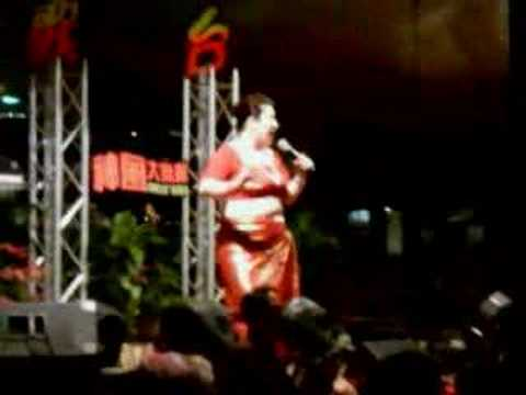 Liu Ling Ling (600) performs Indian Dance
