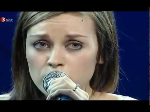 Amy Macdonald  - Hallelujah - Live at AVO Session, Basel 2008 (HD)
