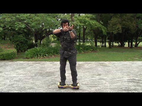 藤岡弘、ミニセグウェイに感動「銃持って追っかけるのにいい」 MBS PR動画