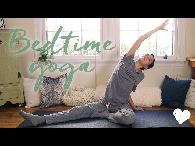 Relax Before Bedtime With This 20 Minute Yoga Routine