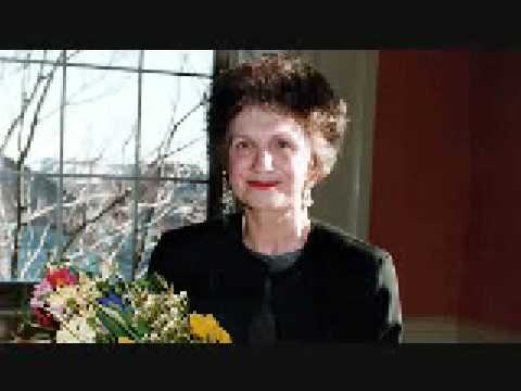 Alice Munro's Carried Away1