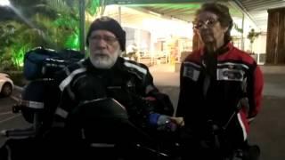 Casal septuagenário planeja viajar de motocicleta pelo mundo