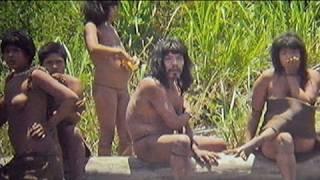 Fotos inéditas de indígenas en aislamiento del Amazonas