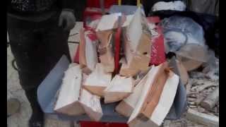 Дрова берёзовые, колка(Как расколоть дрова, без единого удара топором., 2015-01-19T12:00:18.000Z)