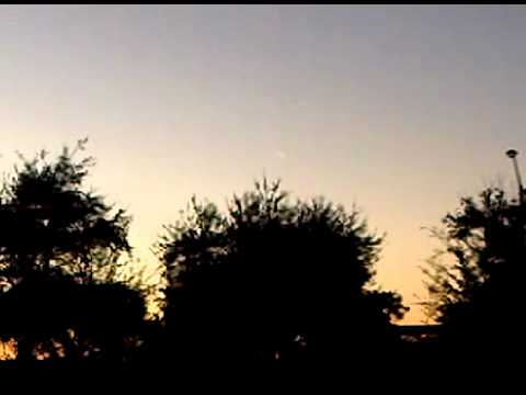 UFO IN PEMBROKE PINES FL - Real or Not? You be the Judge! 2012 maybe???