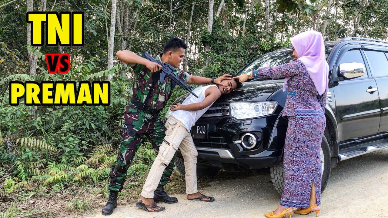 AWALNYA DIPALAK DAN DIHINA TERNYATA SEORANG ANGGOTA TNI GAGAH BERANI