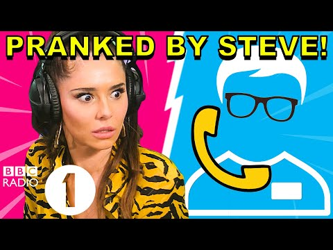 """""""Why are you laughing?!"""": Cheryl PRANKED by Superfan Steve"""