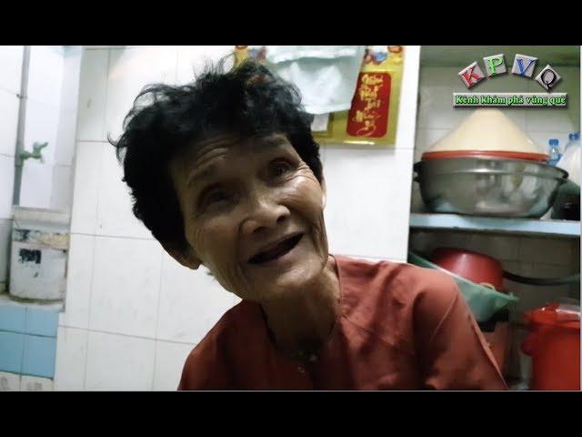 Bà cụ 74 tuổi nhiều năm ngủ đợ trước mái hiên nhà dân không đồng ý vào chùa