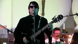 Go Go Go (Move On Down The Line)-Barry Steele sings Orbison