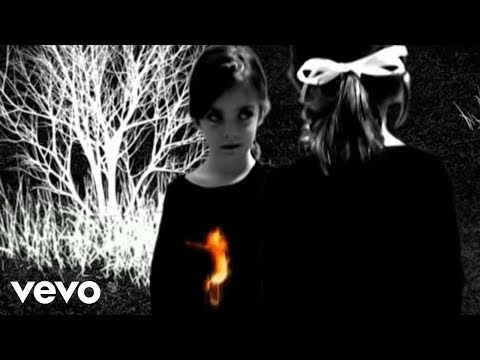 Queens Of The Stone Age - Burn The Witch (Official Music Video)