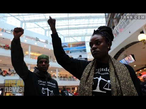 DC Activists Disrupt Xmas Shopping as Another Teen Killed Near Ferguson