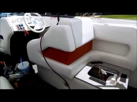 boat cleaning and detailing how to clean vinyl upholstery doovi. Black Bedroom Furniture Sets. Home Design Ideas