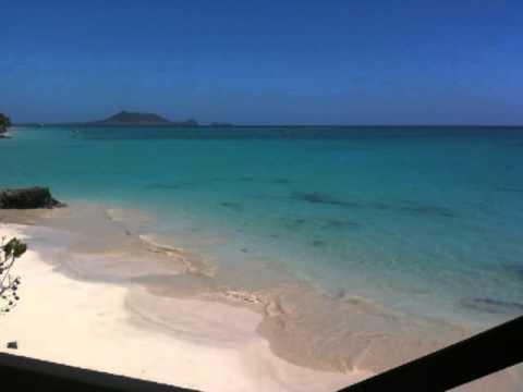 Hawaii Yellow House Beach