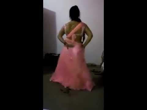 aunty hot saree fat