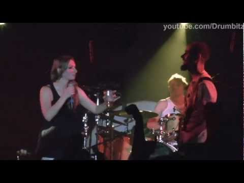 [FHD] Guano Apes - Open Your Eyes. Sandra Nasic drink @ Live in Moscow 2011
