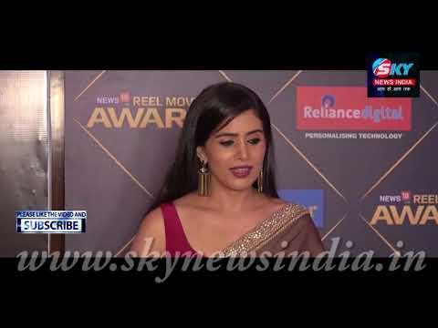Sonali Kulkarni At REEL Movie Awards 2018 = Sky News India