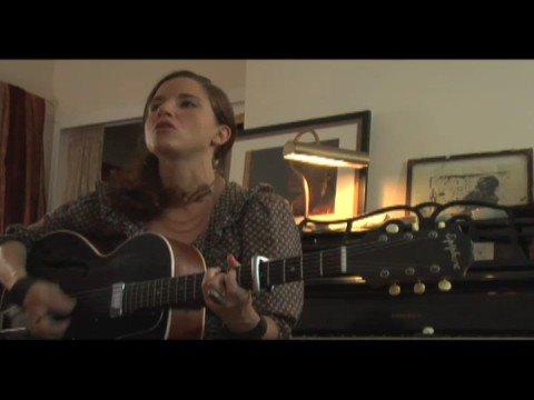 MOGtv: Live: Jolie Holland Sings