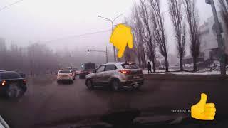 Липецк водитель Хондай креты е708рн82 знает как проезжать кольцо !!!