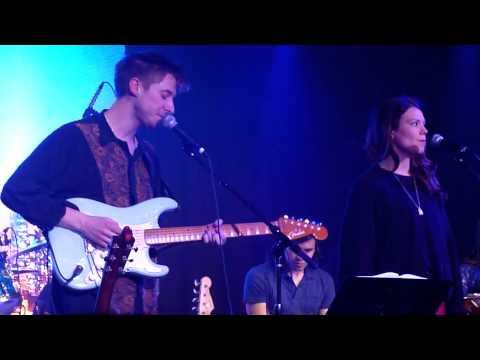 """Arthur Darvill & Ines De Clercq- """"How Long"""" Live"""