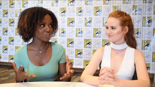 sdcc 2016   madelaine petsch ashleigh murray talk the cw s riverdale