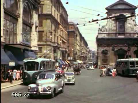 Busy Street, Rome