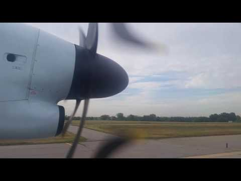 Flying Air Canada Taking Off From Toronto To Thunder Bay