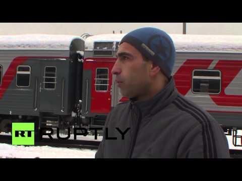 Russia: Ukrainian men fleeing conscription arrive in Moscow
