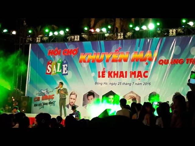 Yêu Khắc Việt Live hay như thu âm