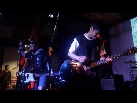 Stand Here Alone // Korban Lelaki Live. DC MILK Cafe Jogja