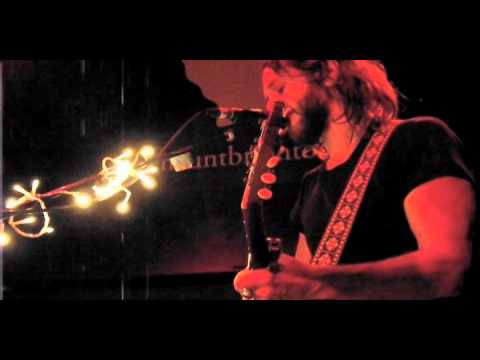 Grant Nicholas - 'Learning To Fly' (Tom Petty cover) LIVE