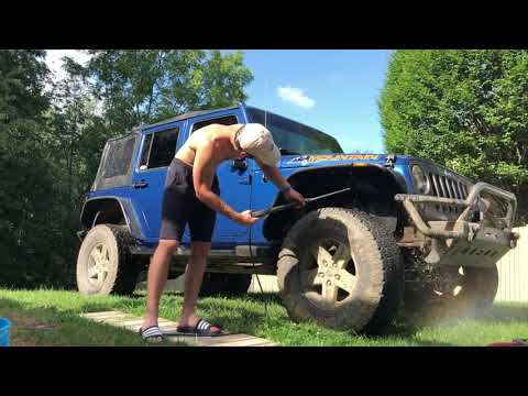 How to clean a muddy Jeep... or any other muddy wheeler