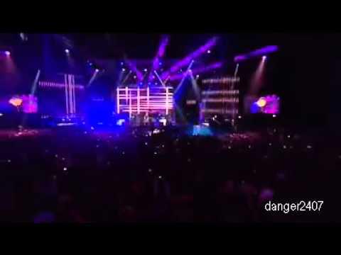 Westlife - Beautiful Tonight [Live at O2 SmartSounds]