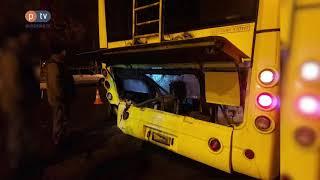 У центрі Полтави Audi влетіла в тролейбус з людьми.