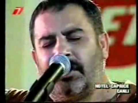 Ahmet Kaya - Bahtiyar [ Canlı Performans ]