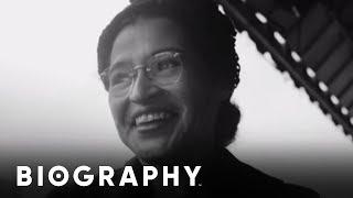 Rosa Parks - Civil Rights Activist   Mini Bio   Bio