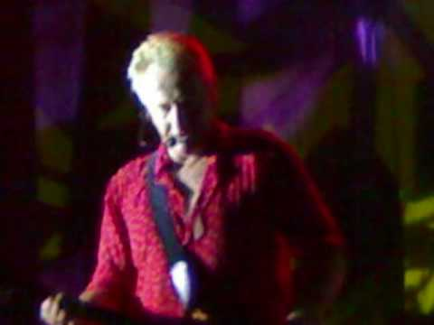 Air Supply Live in Davao -  Young Love - Bobby sato