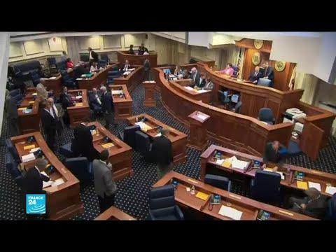 مجلس الشيوخ في ألاباما يقر مشروع قانون الإجهاض الأكثر تشددا في الولايات المتحدة  - 16:55-2019 / 5 / 15