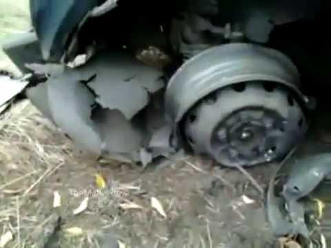 В зоне АТО ДРГ ВСУ на автомобиле Нива подорвались на фугасе ДНР ЛНР Донецк Луганск моторола сомали