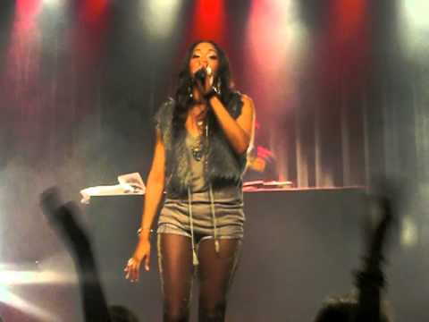 Shontelle - Impossible live