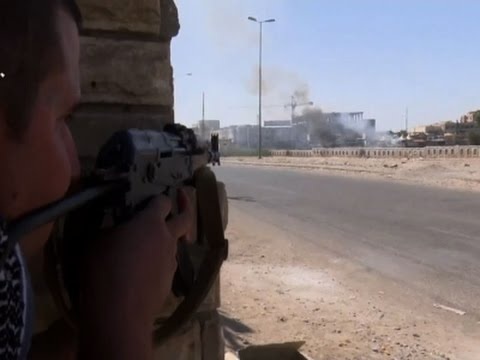 Raw: Fierce Fight Against IS Militants in Kirkuk